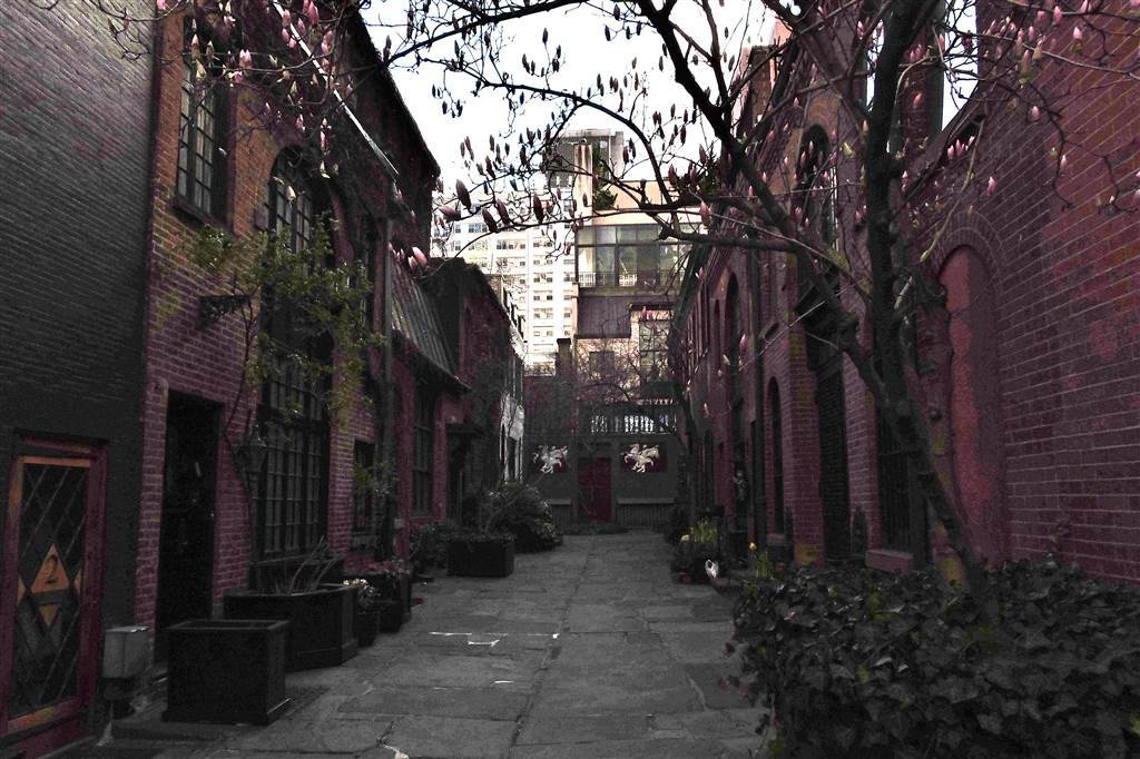Sniffen Alley, Midtown, NYC